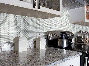 Chateau Mini Brick Mosaic Bianco Carrara 00150