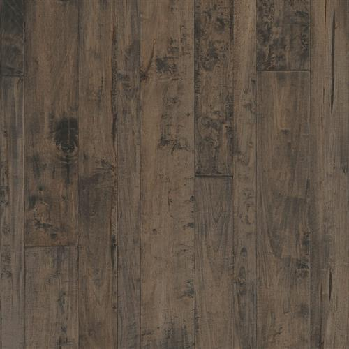 A close-up (swatch) photo of the Obsidian flooring product