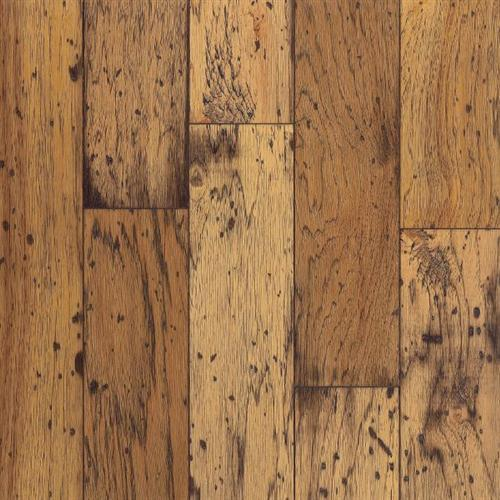 Hardwood flooring in Lonsdale, MN from Behr's USA Flooring