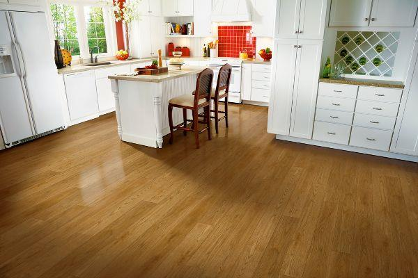 LUXE Plank Value - Wood Look Hickory - Caramel Corn