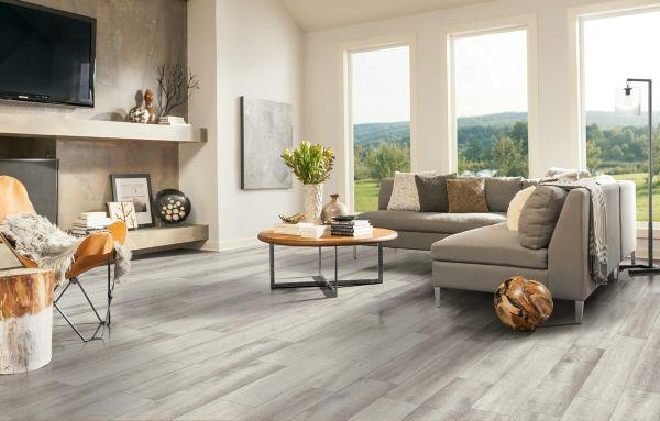 LUXE Plank With Rigid Core South Bay - Clamshell