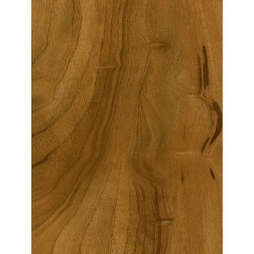 A close-up (swatch) photo of the Honey Spice flooring product