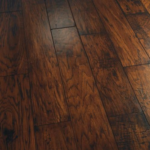 A close-up (swatch) photo of the Garibaldi flooring product