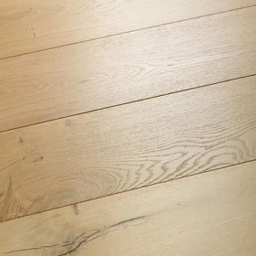 A close-up (swatch) photo of the Marina Oak flooring product