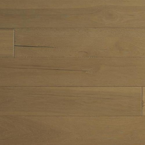 A close-up (swatch) photo of the Tawny flooring product