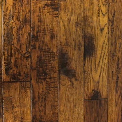 A close-up (swatch) photo of the Denali Hickory flooring product