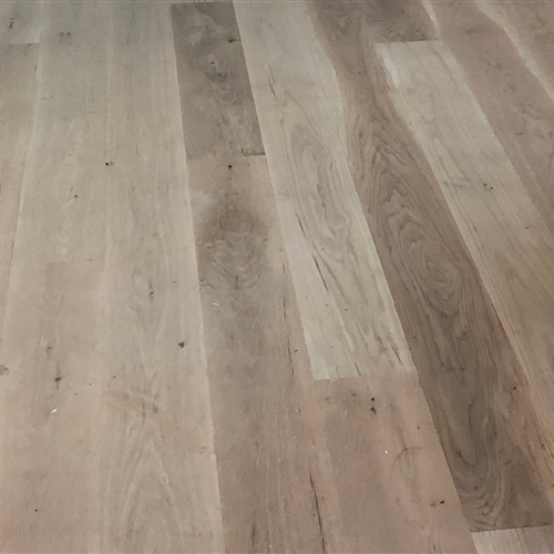 Unfinished Engineered White Oak Character 7 Inch