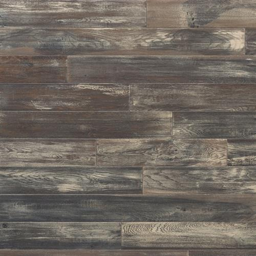 Heirloom Collection Antiqued Oak Saturna