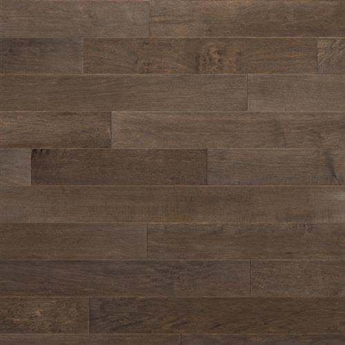 Tundra Collection North American Maple Husky