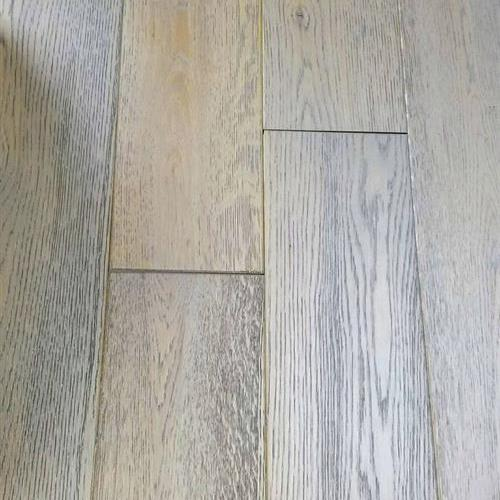 Northeast - Oak Platinum Gray Wirebrushed
