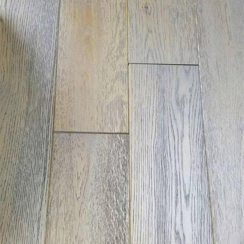 Northeast - Oak Platinum Gray Wirebrushed