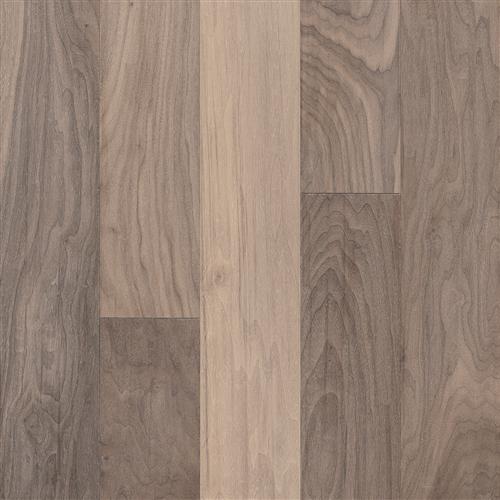 American Scrape Hardwood - Engineered Westerly Wind 575