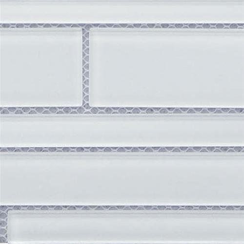 Glass Vogue Super White 6X18 Random Strip
